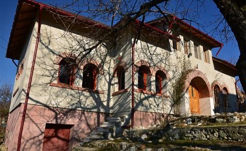 Holiday house in Boteni Architect David Stancu